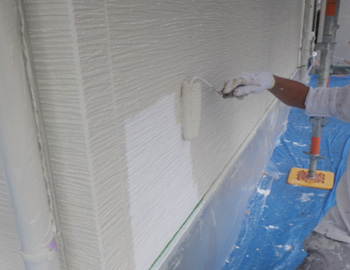 外壁上塗1回目