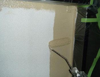 壁・上塗り1回目