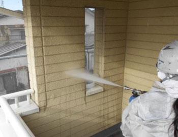 壁・高圧洗浄作業