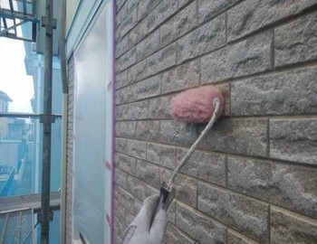 外壁(1階部分)上塗り