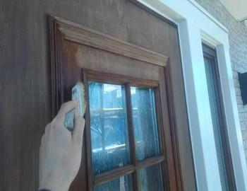 玄関ドア薬品洗浄