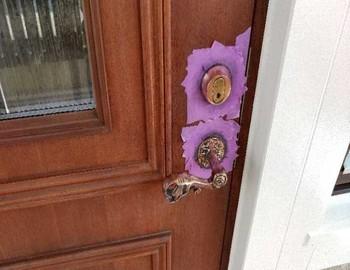 玄関ドア持ち手研磨