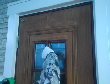 玄関ドア下塗り