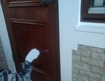 玄関ドア上塗り